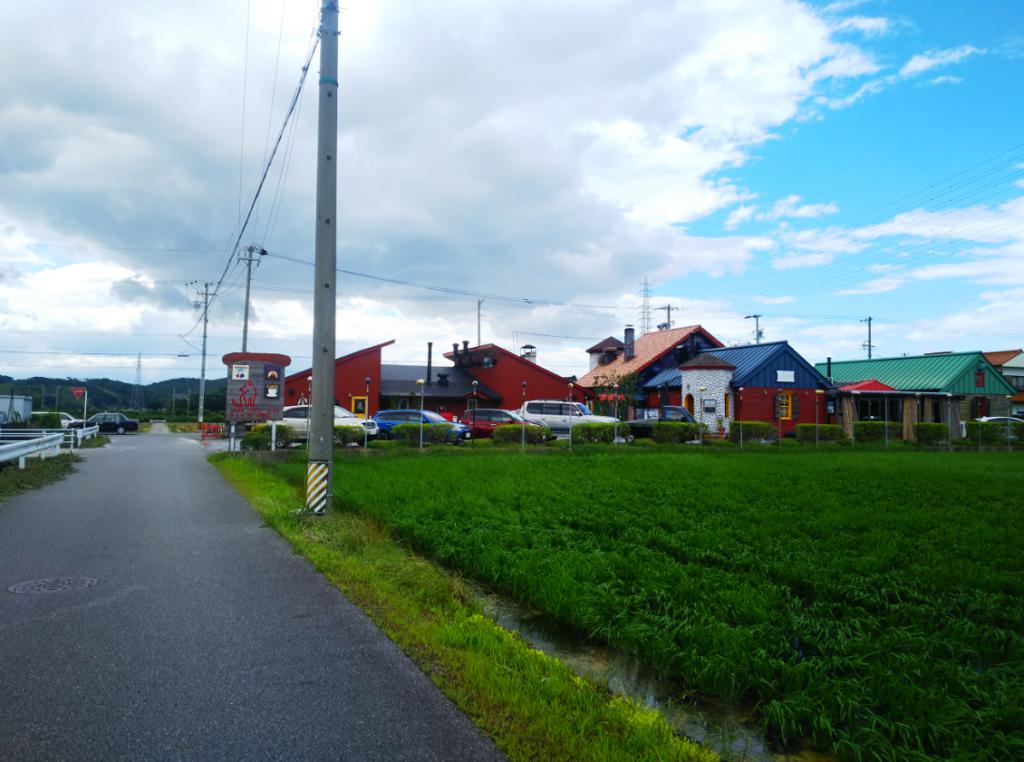 「緑と風のダーシェンカ」周辺