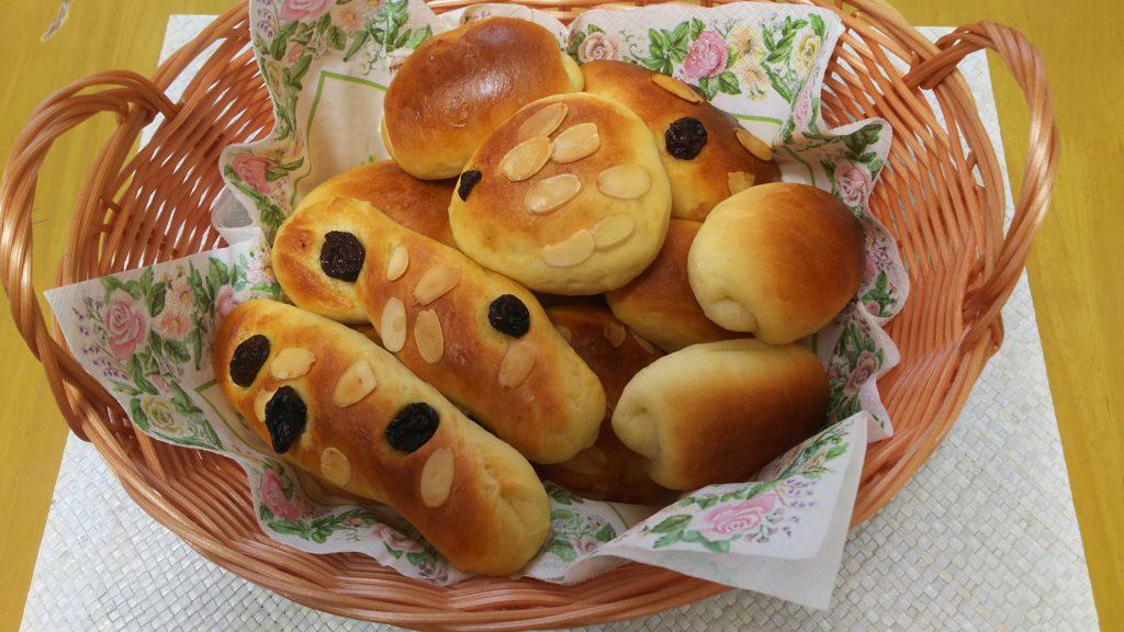 子供とホームベーカリーでパン作り・完成したパン