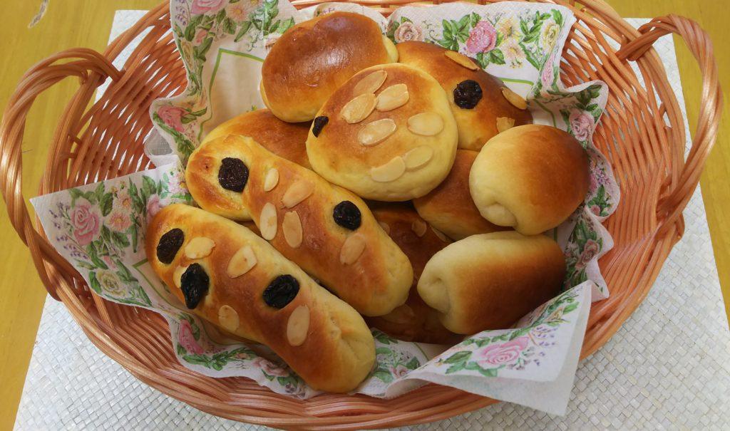 子供とホームベーカリーでパン作り!初心者でも楽しめる基本レシピで作った感想は?!