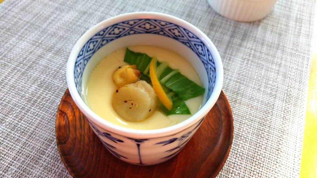 ホタテ貝柱と青梗菜の茶碗蒸し