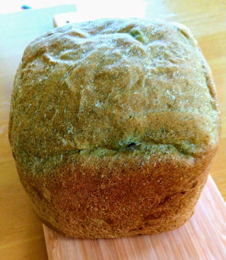 ヨモギ食パン