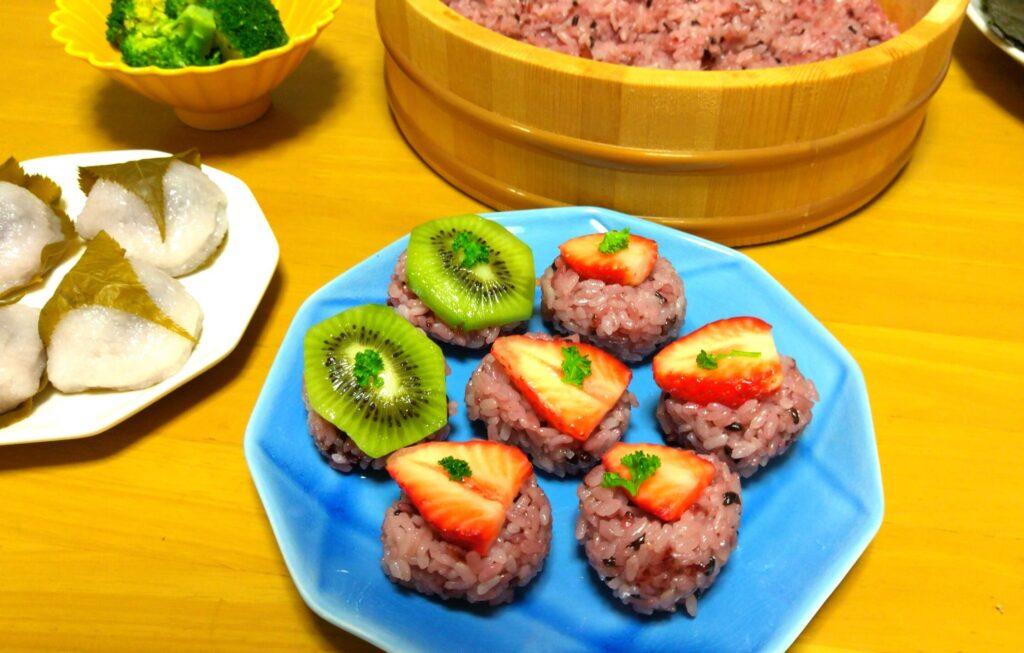 キウイフルーツの手まり寿司